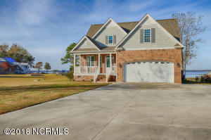 700 Willbrook Circle, Sneads Ferry, NC 28460