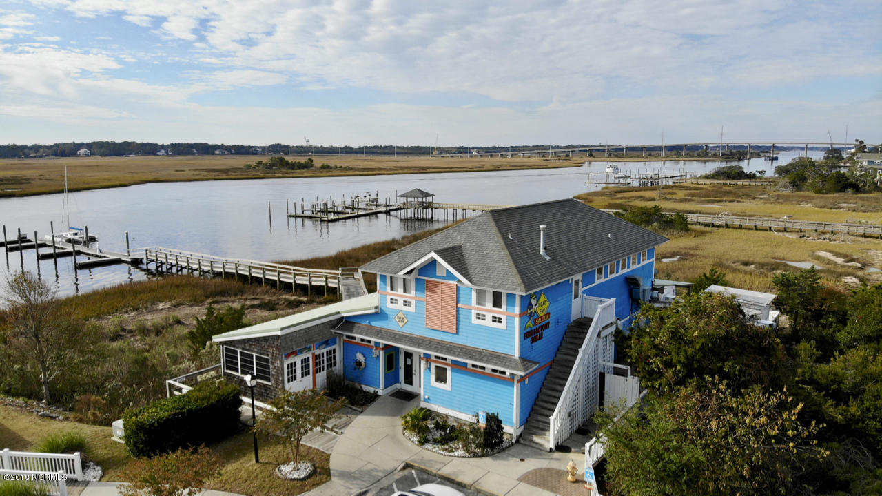4907 Fish Factory Road Southport, NC 28461