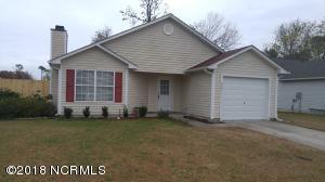 828 S Dogwood Lane, Swansboro, NC 28584