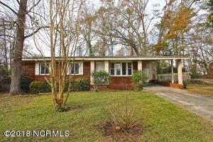 137 Greencrest Circle, Jacksonville, NC 28540