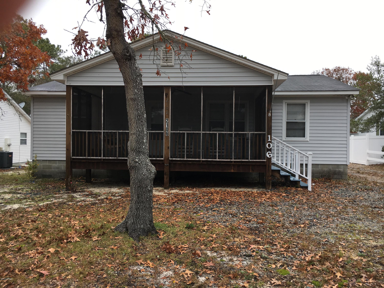 2106 W Oak Island Drive Oak Island, NC 28465