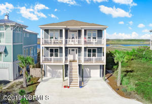 6638 Kings Lynn Drive, Oak Island, NC 28465