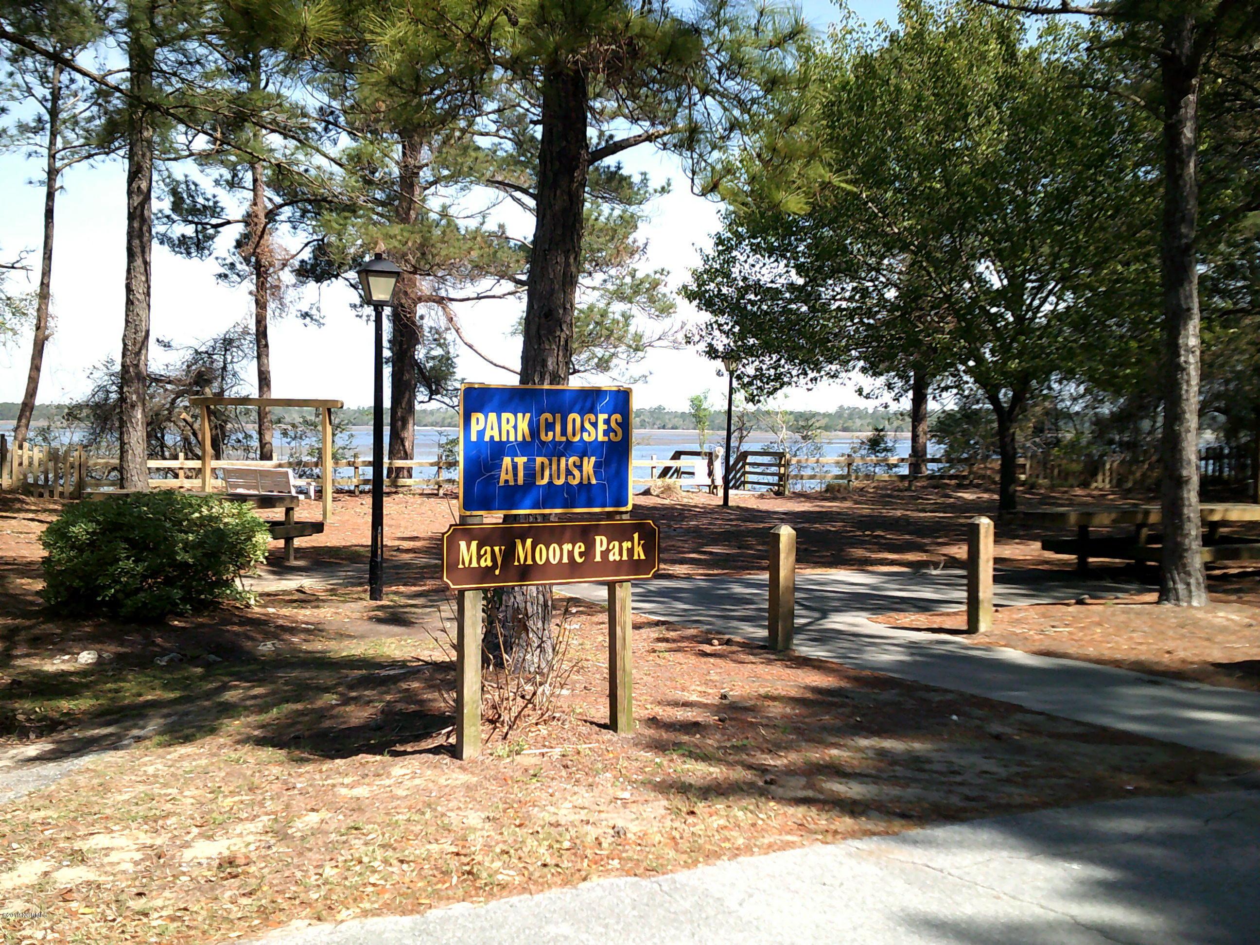 5425 W Beach Drive Oak Island, NC 28465