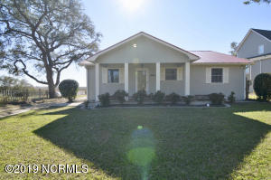 641 Shoreline Drive W, Sunset Beach, NC 28468