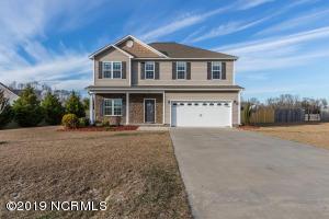 403 S Bluff Circle, Jacksonville, NC 28540