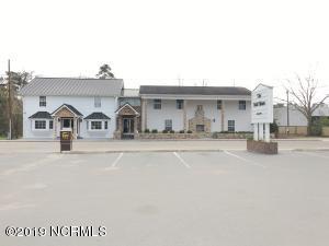 102 Live Oak Street, Tabor City, NC 28463