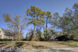 1129 Turnberry Lane, Wilmington, NC 28405