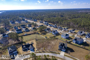 111 Bunchberry Court, Hampstead, NC 28443