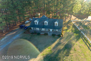 6141 Squirrel Den Rd, Bailey on 1.04 acres in Nash County