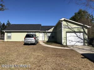 2423 Saddleridge Drive, Midway Park, NC 28544