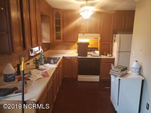 2411 Emeline Place, Morehead City, NC 28557