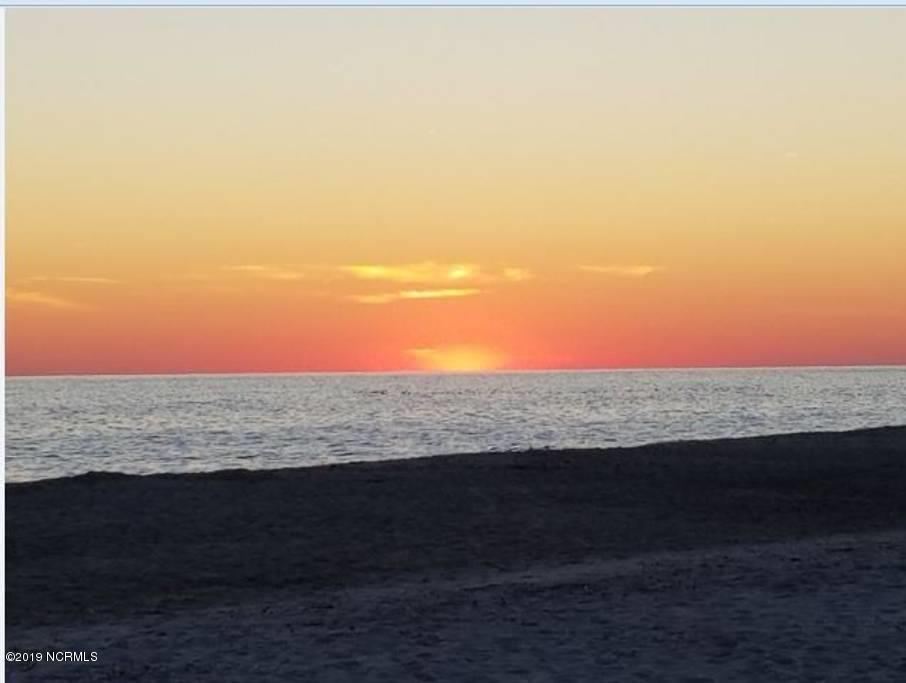7506 E Beach Drive Oak Island, NC 28465