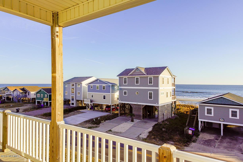 528 W Beach Drive Oak Island, NC 28465