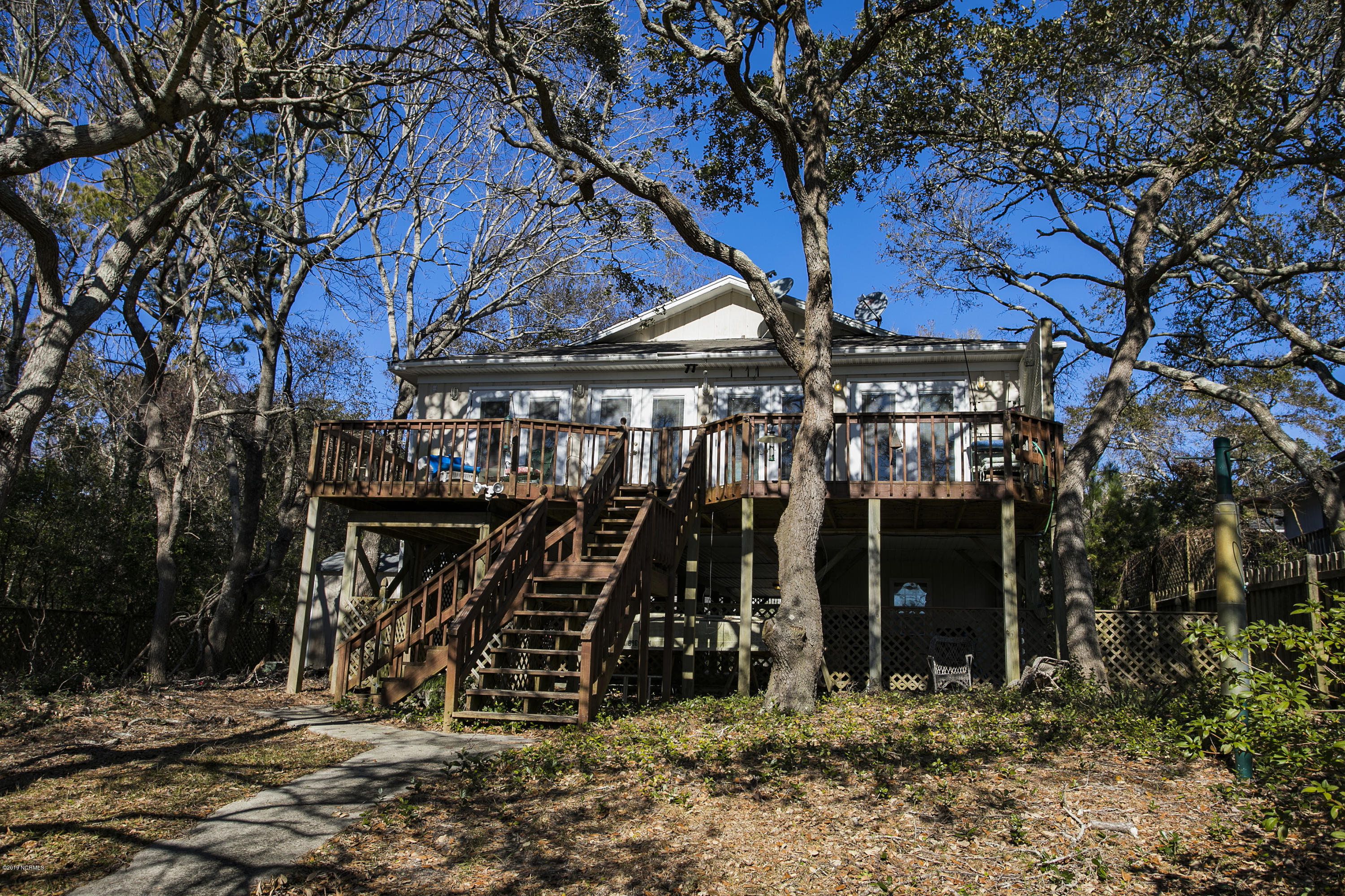 118 SE 17TH Street Oak Island, NC 28465