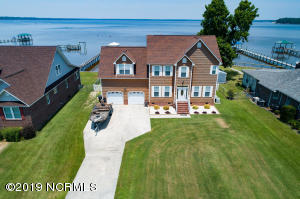 607 Willbrook Circle, Sneads Ferry, NC 28460