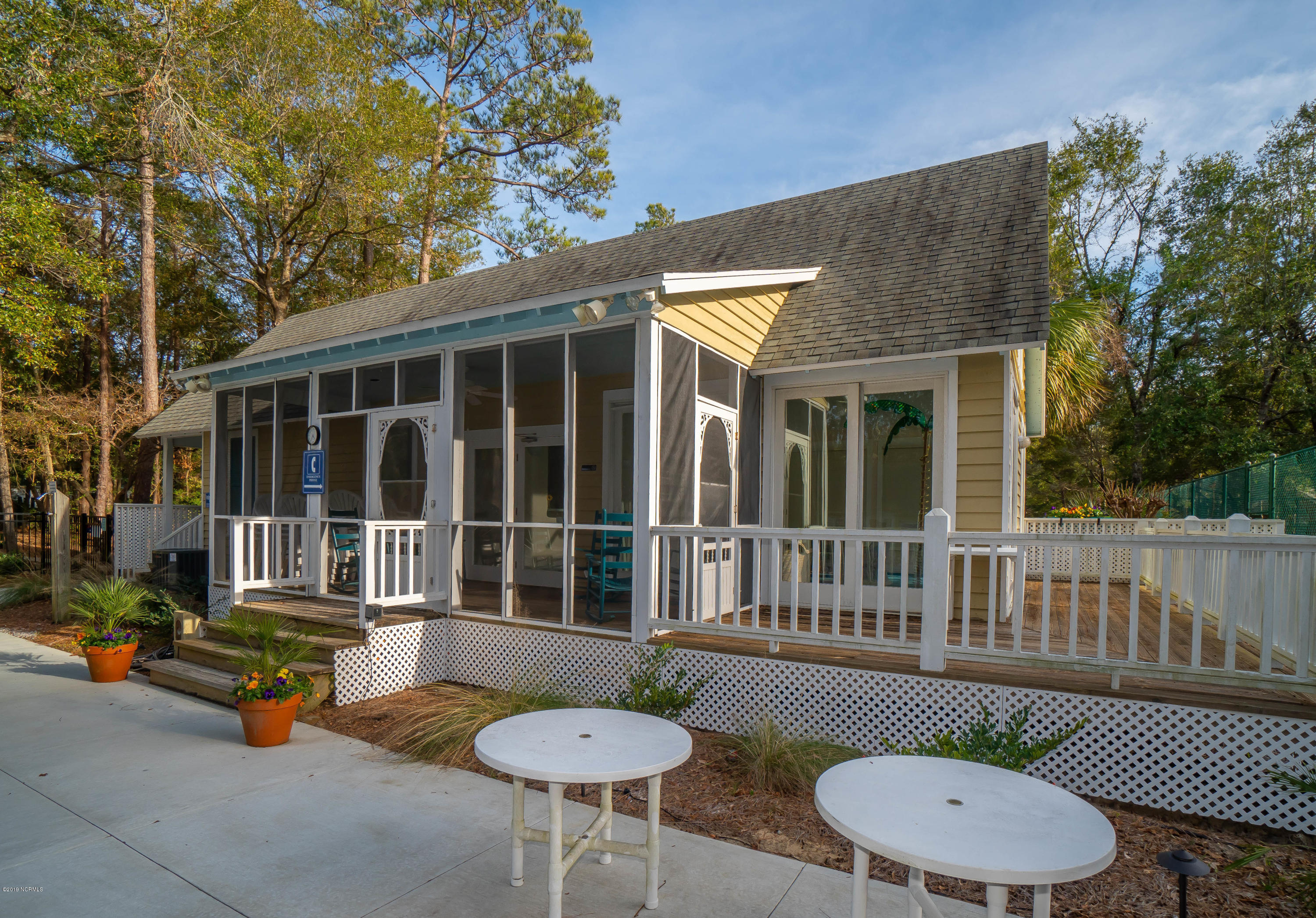 659 Carolina Bay Court Southport, NC 28461