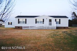 130 Pelican Harbor Road, Beaufort, NC 28516