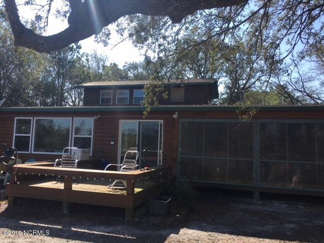 306 W Yacht Drive Oak Island, NC 28465