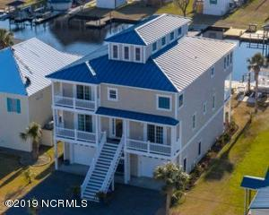 7087 7th Street, Surf City, NC 28445