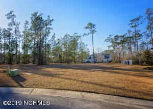 1900 Cliffmore Place, Wilmington, NC 28405