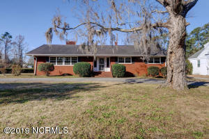 716 Colonial Drive, Wilmington, NC 28403