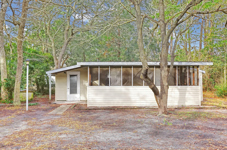 221 NE 67TH Street Oak Island, NC 28465