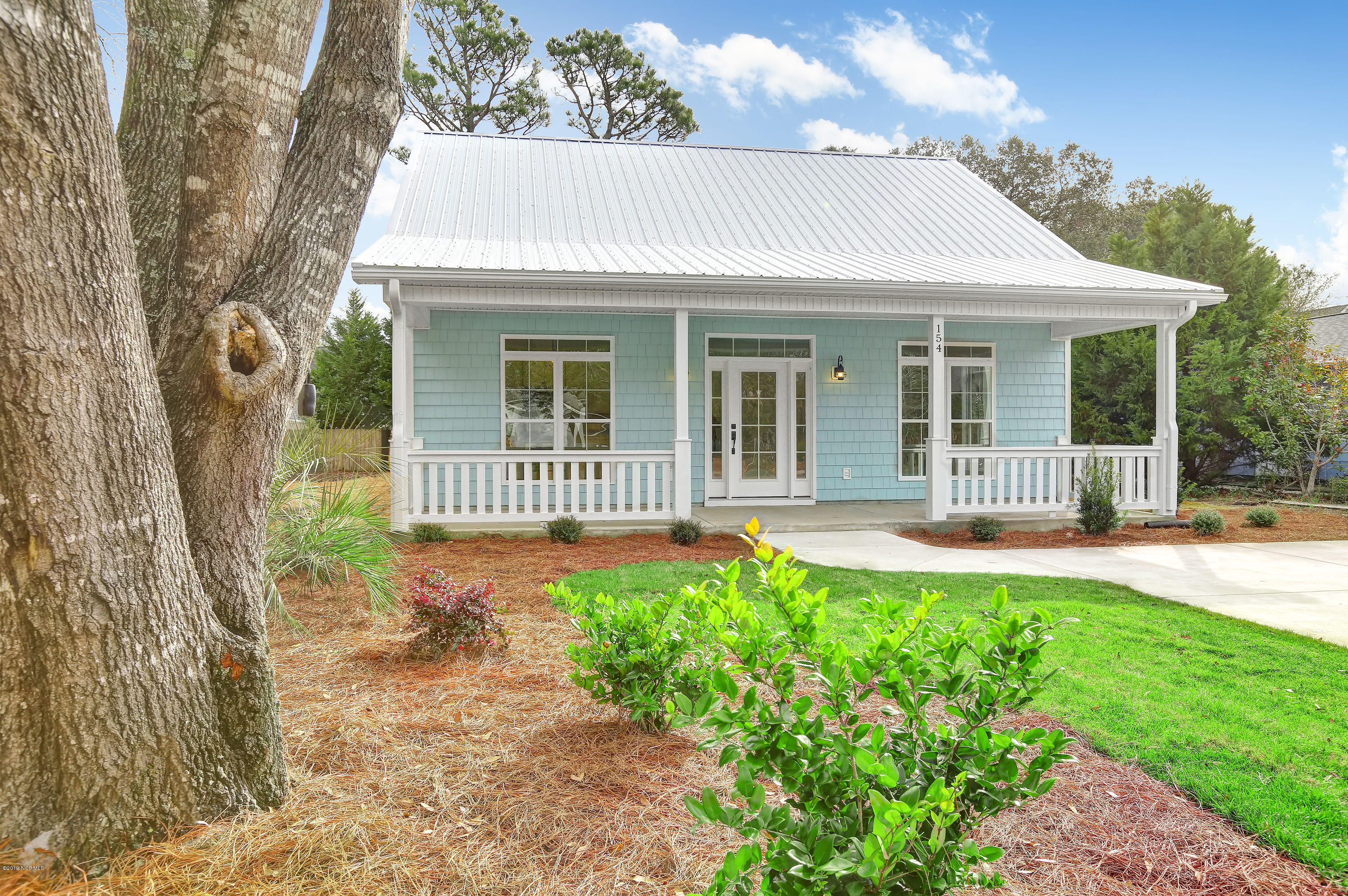 154 NW 6TH Street Oak Island, NC 28465