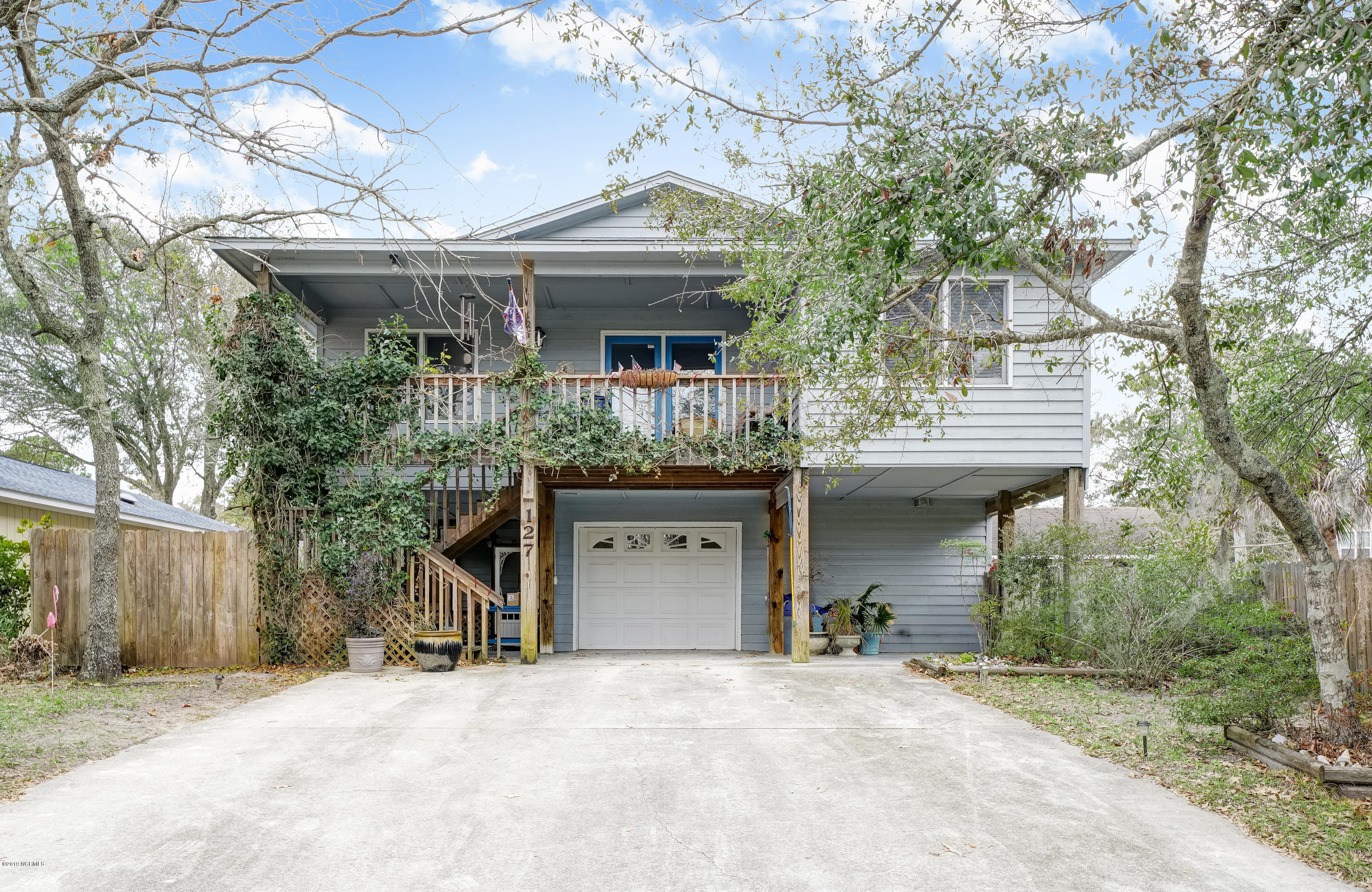 127 NE 30TH Street Oak Island, NC 28465