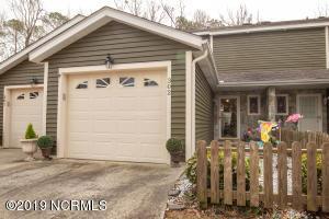 302 Cedarwood Village, Morehead City, NC 28557