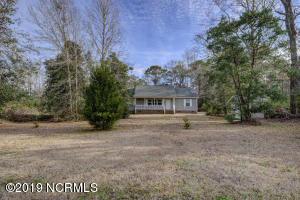 981 Sloop Point Loop Road, Hampstead, NC 28443
