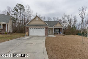 109 Foxberry Place, Jacksonville, NC 28540