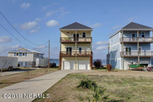 173 Hall Point Road, Sneads Ferry, NC 28460