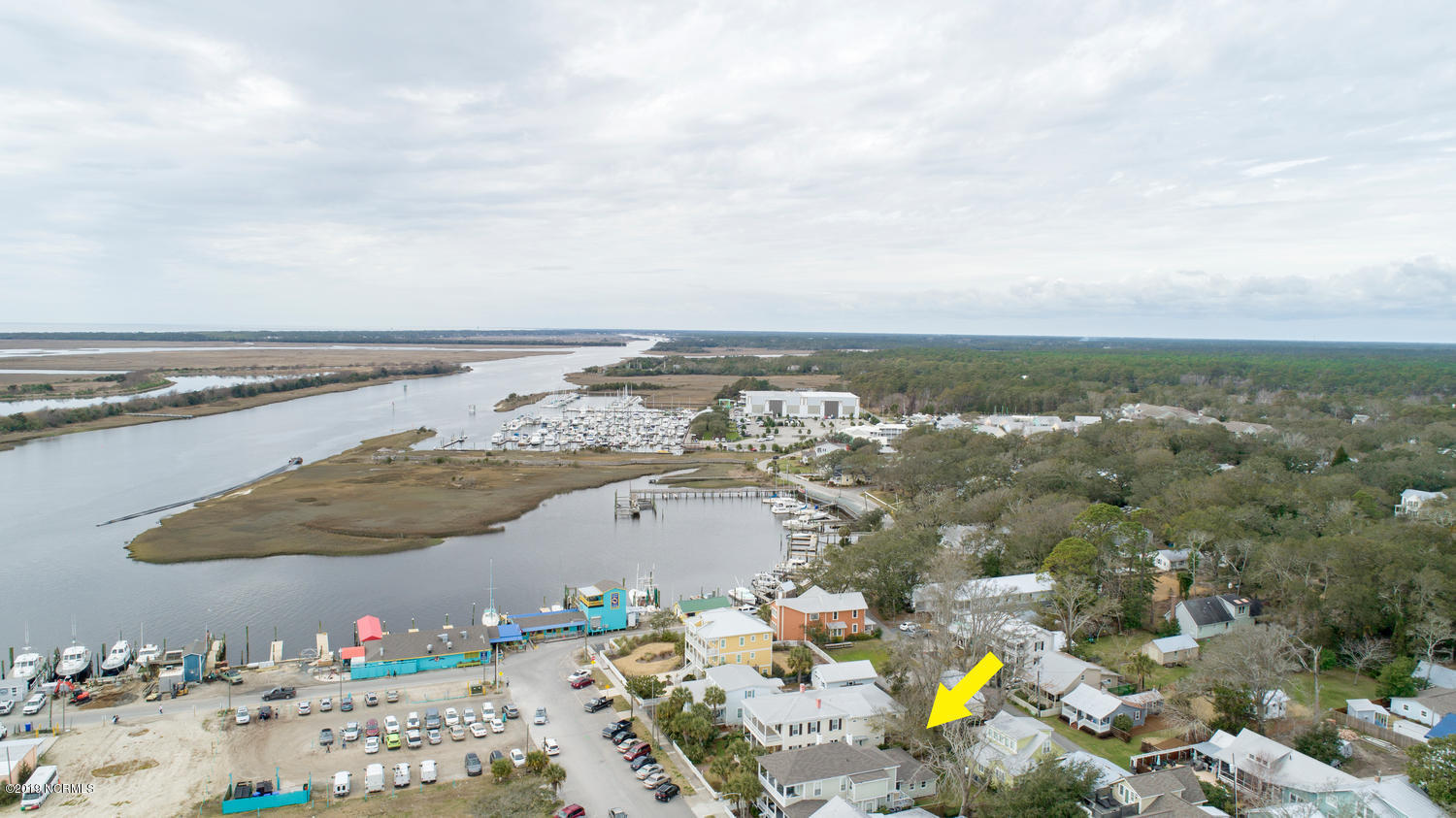 308 W Moore Street Southport, NC 28461