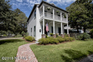 302 N Dry Street, Southport, NC 28461