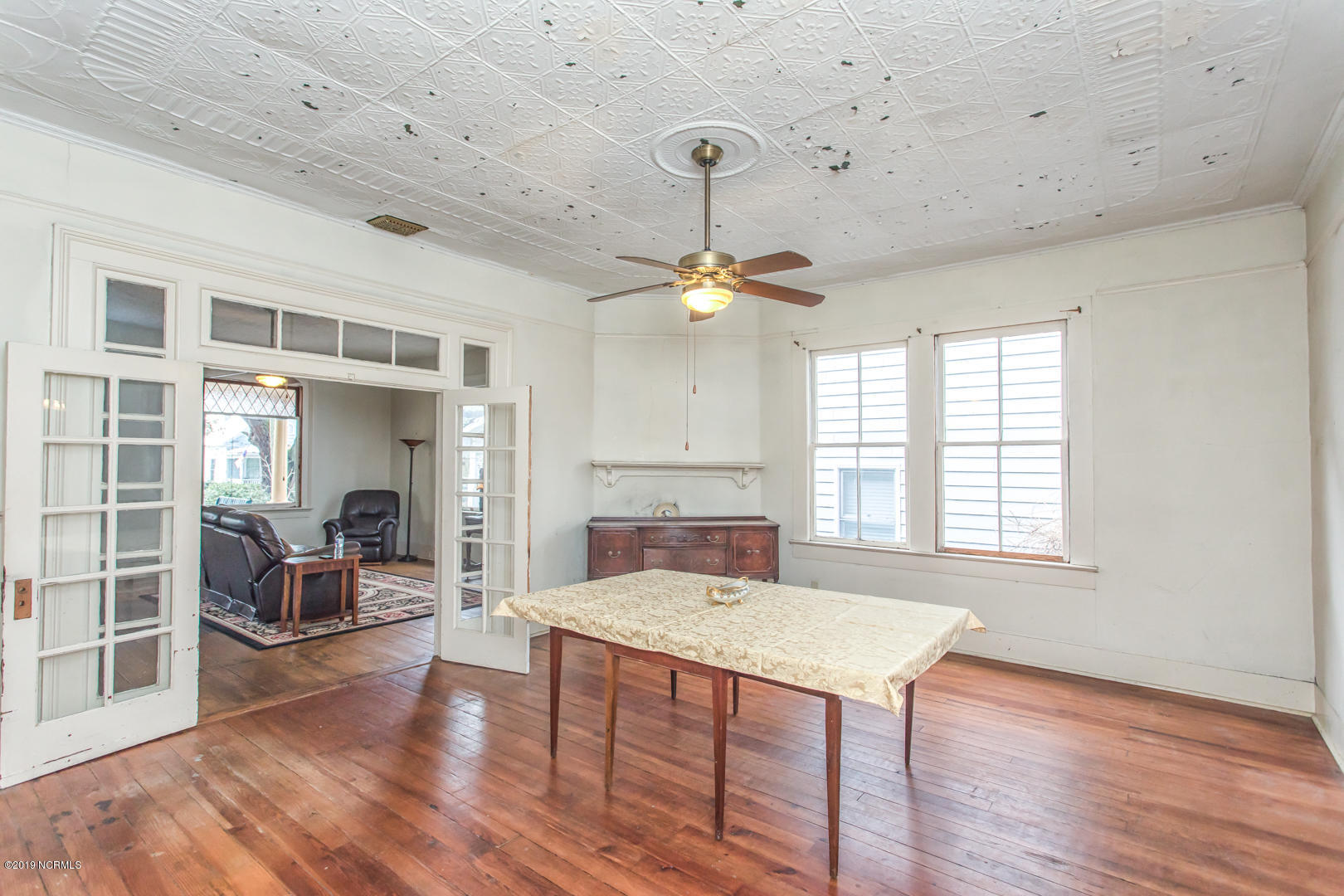 208 N Lord Street Southport, NC 28461