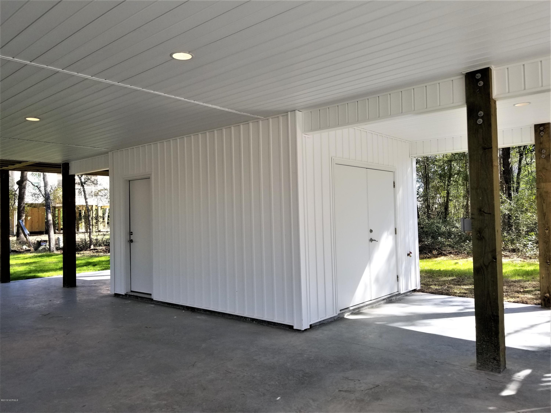 152 NE 15TH Street Oak Island, NC 28465