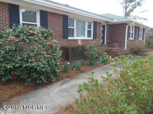 213 Carolina Pines Boulevard, New Bern, NC 28560