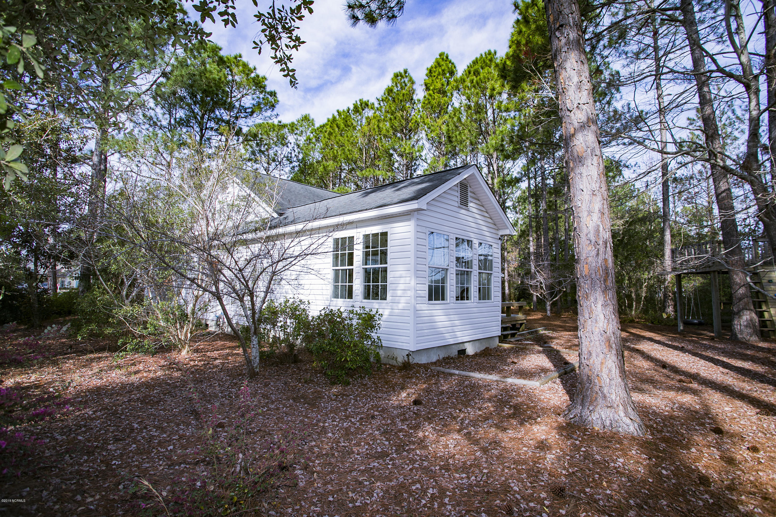 4074 Country Garden Lane Southport, NC 28461