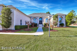 Beautiful custom home in St James Plantation - just a short stroll to the Marina!