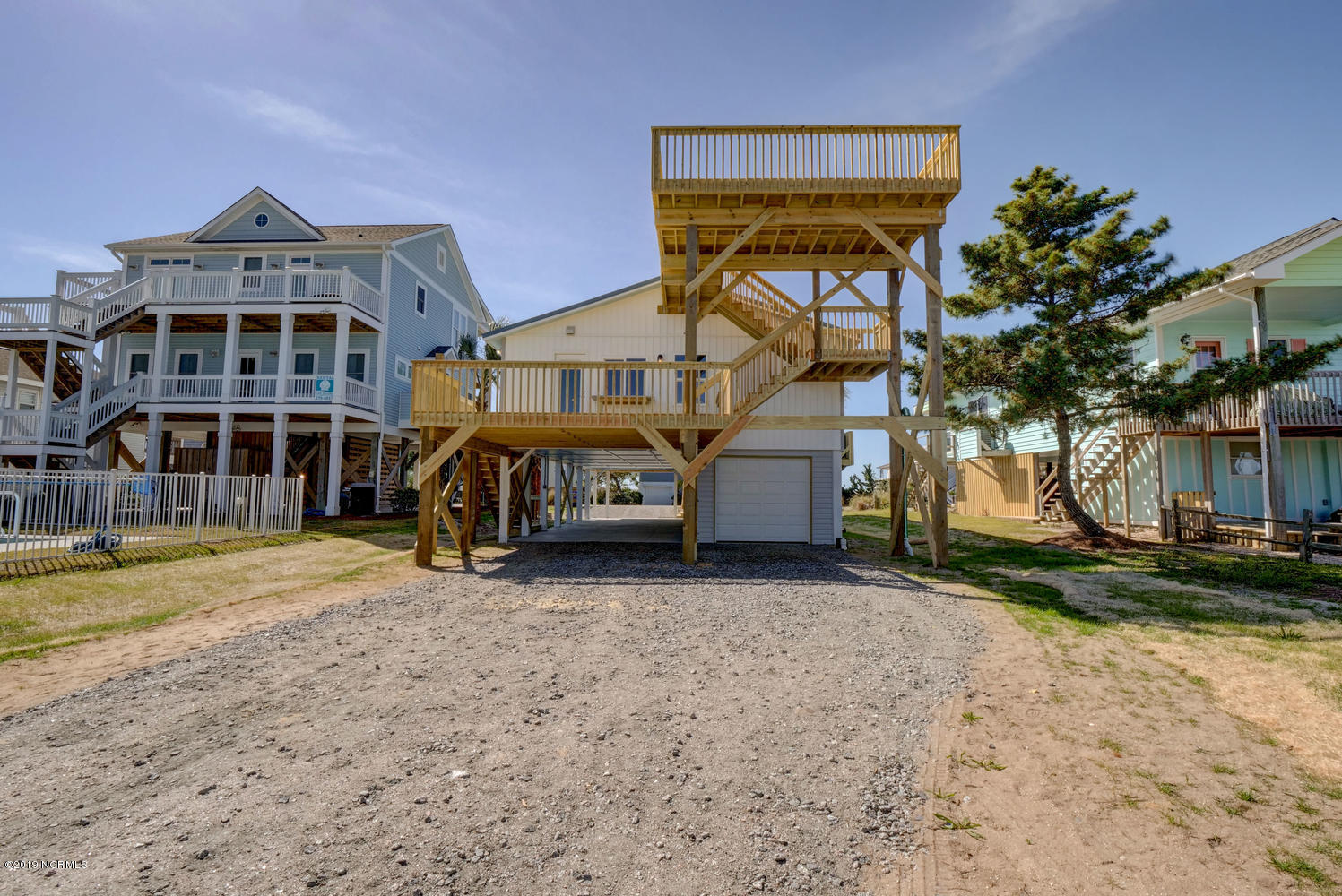 5420 W Beach Drive Oak Island, NC 28465