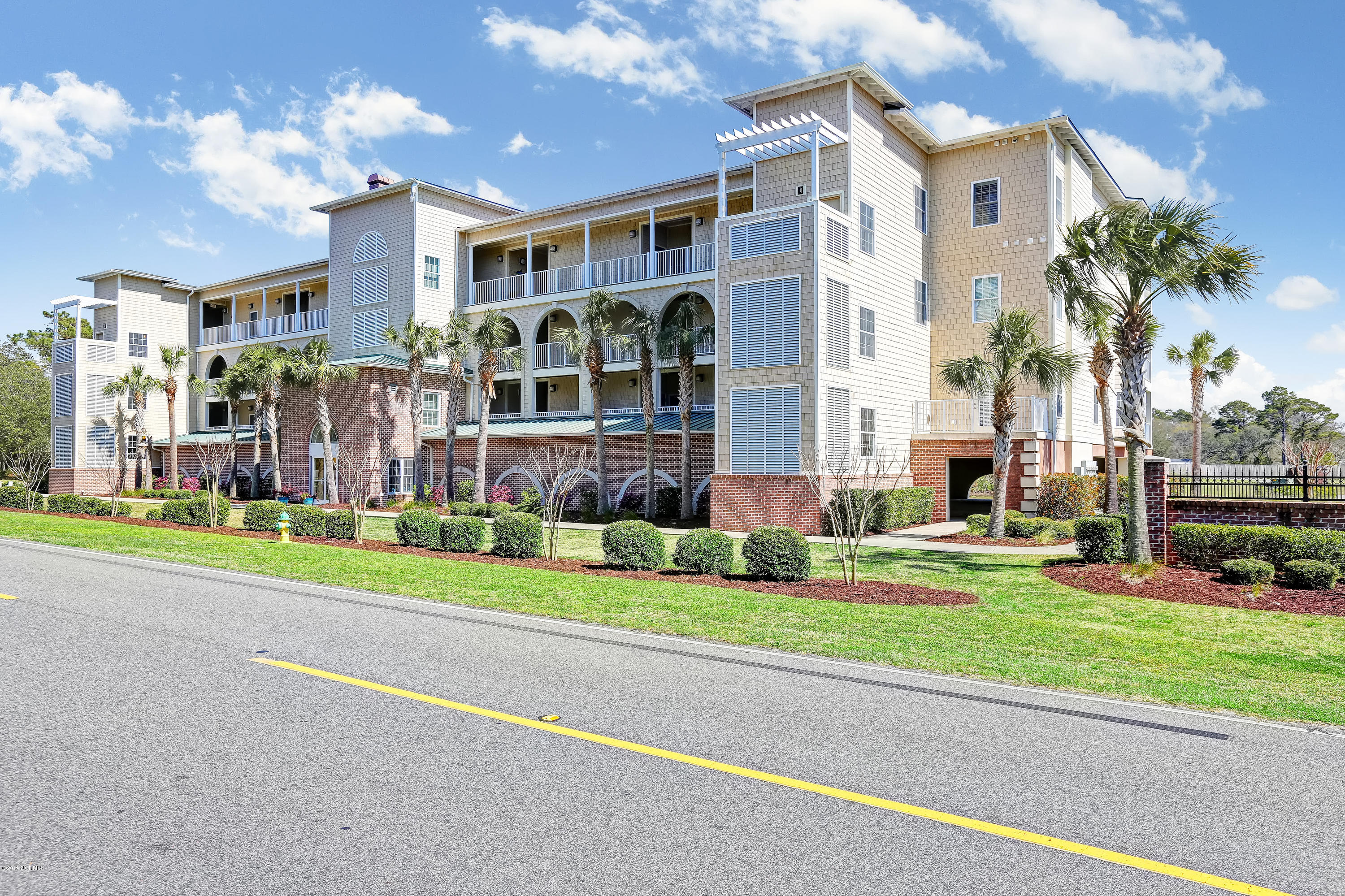 2252 Dolphin Shores Drive #15 Supply, NC 28462