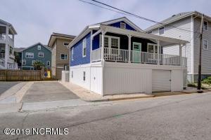 8 Latimer Street, Wrightsville Beach, NC 28480