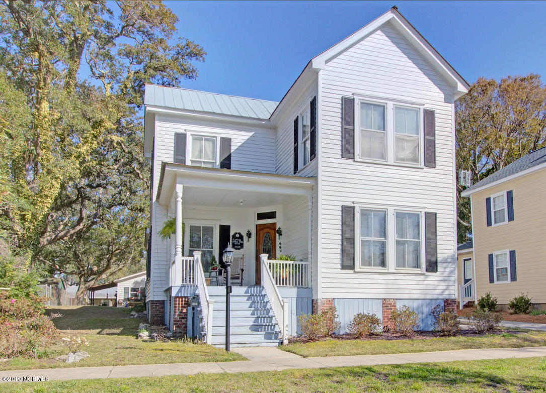 406 W West Street Southport, NC 28461