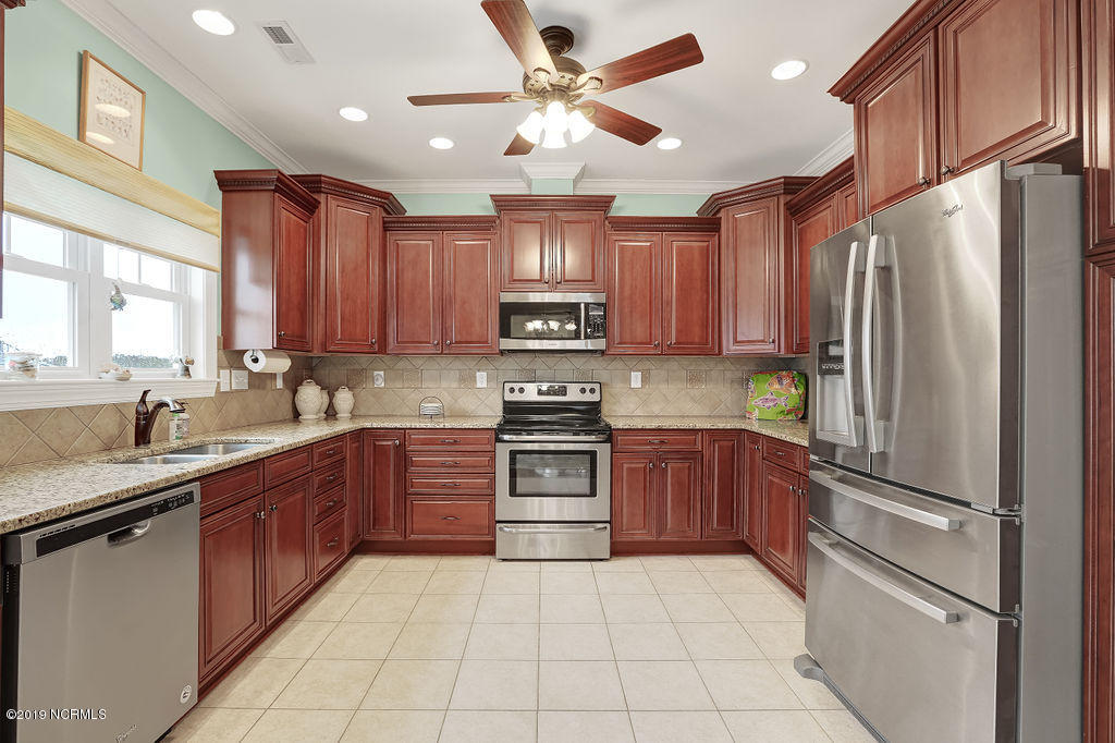 5021 Nester Drive Southport, NC 28461