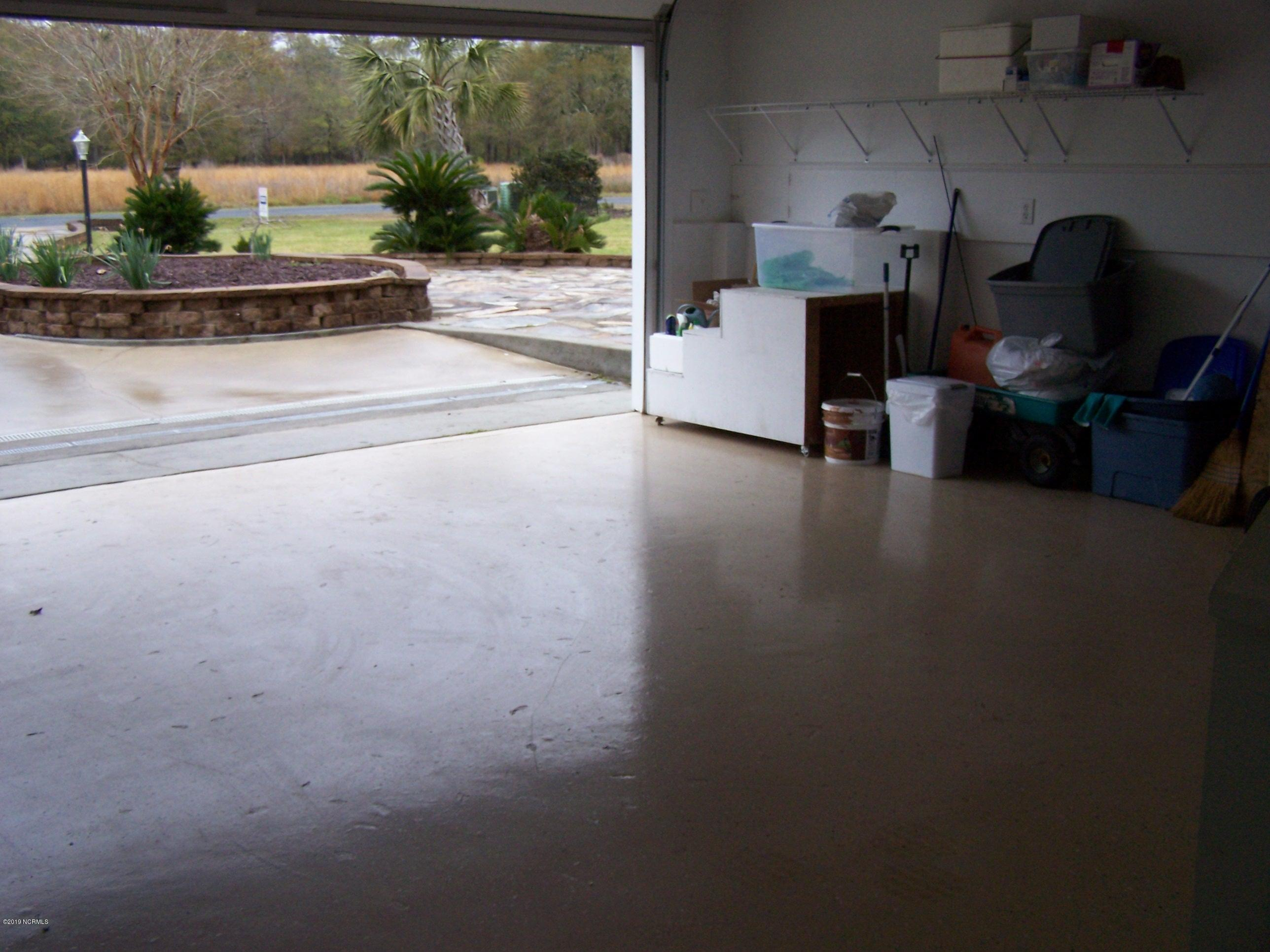3711 Windy Point Road Supply, NC 28462