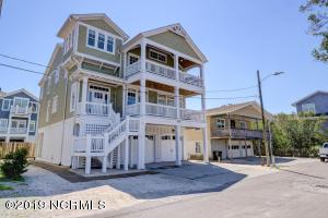 743 Schloss Street, Wrightsville Beach, NC 28480