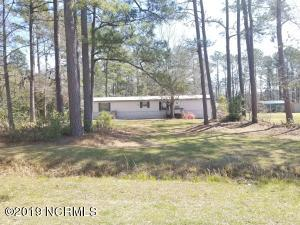 407 Pond View Circle, Hampstead, NC 28443