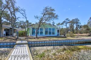 122 Mcginnis Drive, Pine Knoll Shores, NC 28512