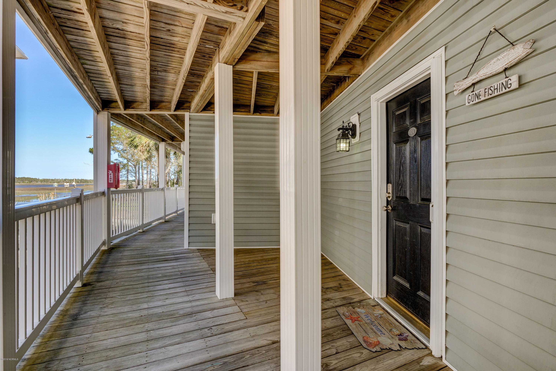 5400 E Yacht Drive Oak Island, NC 28465