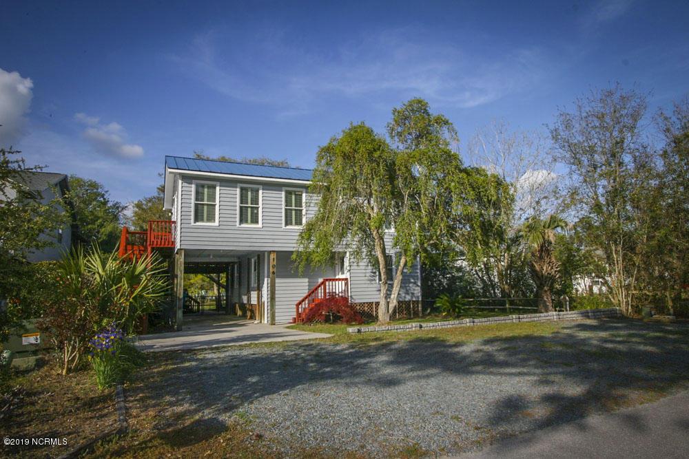 106 W Island Drive Oak Island, NC 28465